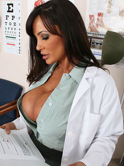 Lisa Ann brazzers HD doctora loveless